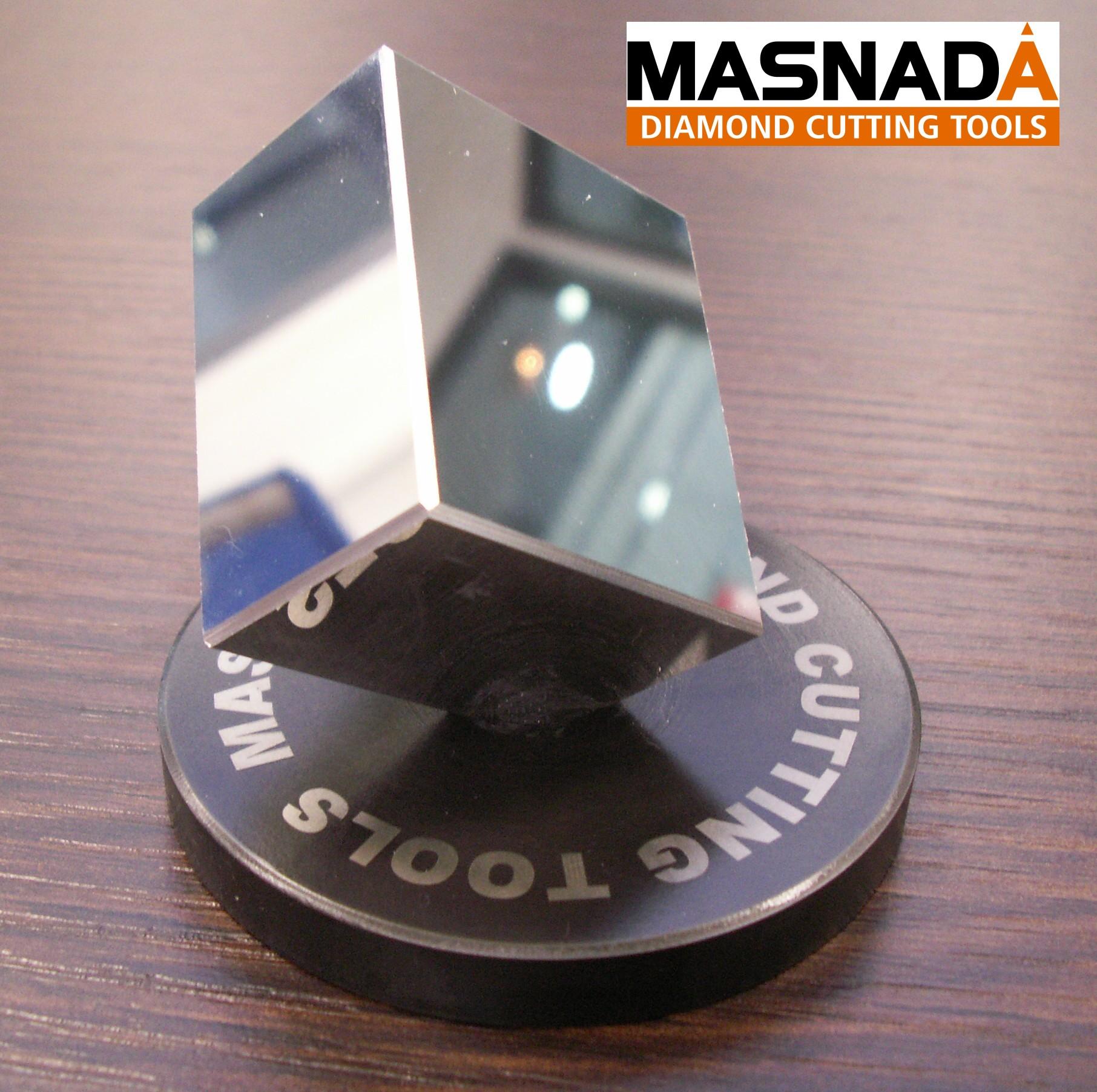 Cube aluminium fraisé au diamant